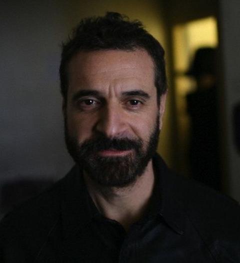 Эннио Капаза