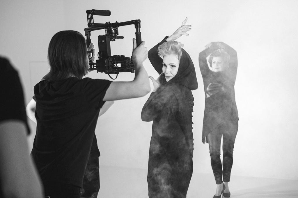 Models: MODA 50 rnStyle & Art Direction: Анатоль Вовк rnPhotographs by: Юлия Соколова rnStyle & Art Direction: Анатоль Вовк rnChoreography by: Вячеслав Язовских