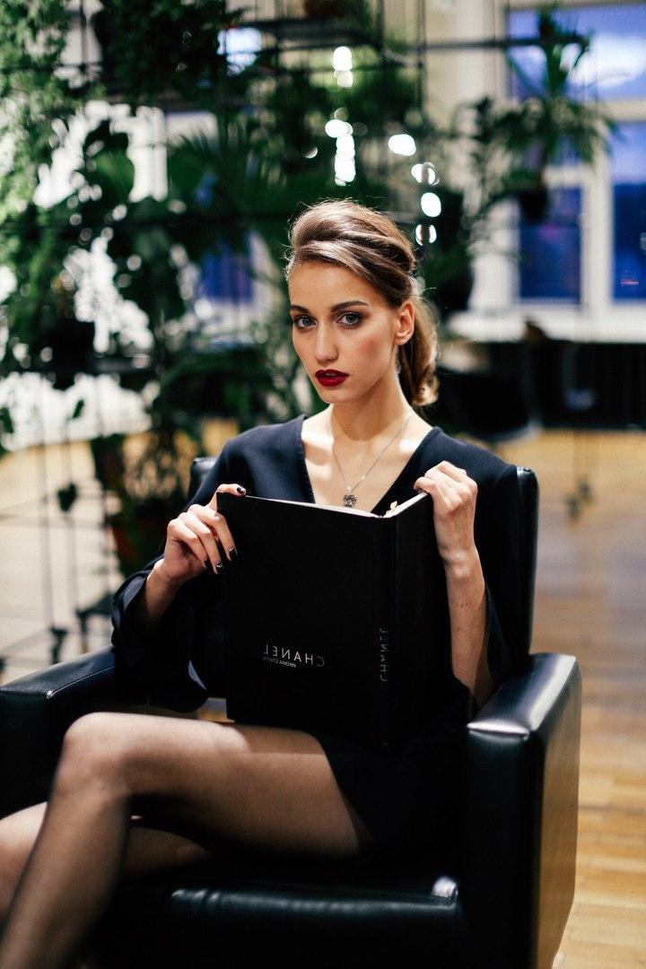 Работа моделью в пестово работа в краснодаре для девушки 18 лет