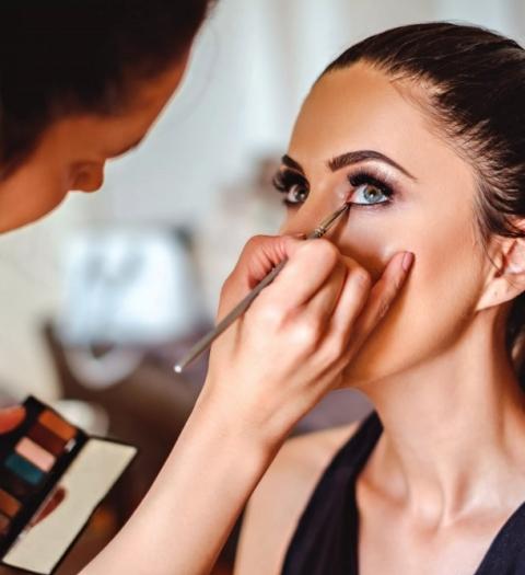 Лидер мирового рынка парфюмерии и косметики — L'Oreal