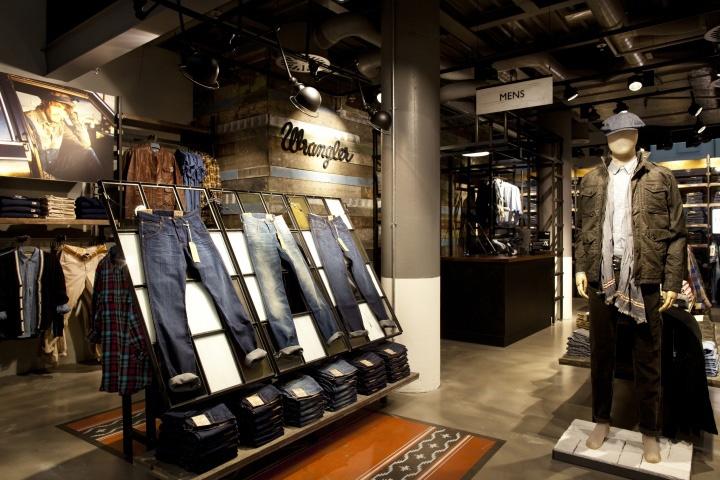 В Москве открывается фирменный магазин марки «Wrangler»