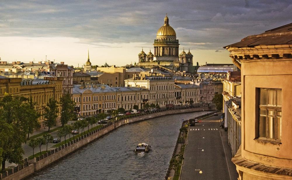 Стильный город Петербург!